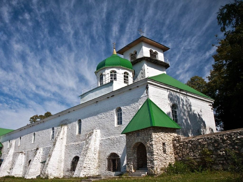 Экскурсионный тур в Адыгею - Свято-Михайловский монастырь